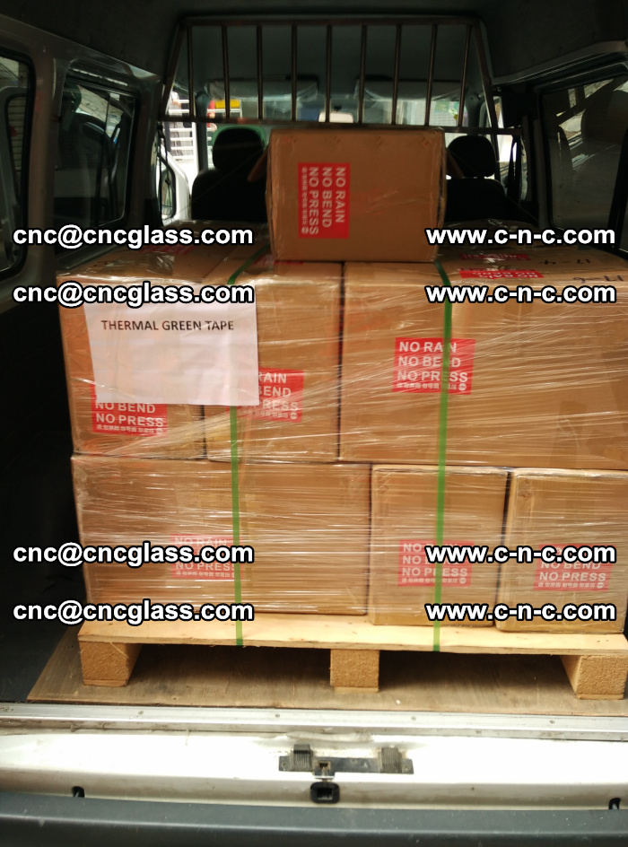 Safety glazing green thermal tape Packing and loading (5)